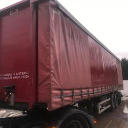 SDC Rear steer curtainsider. With Moffat bkt